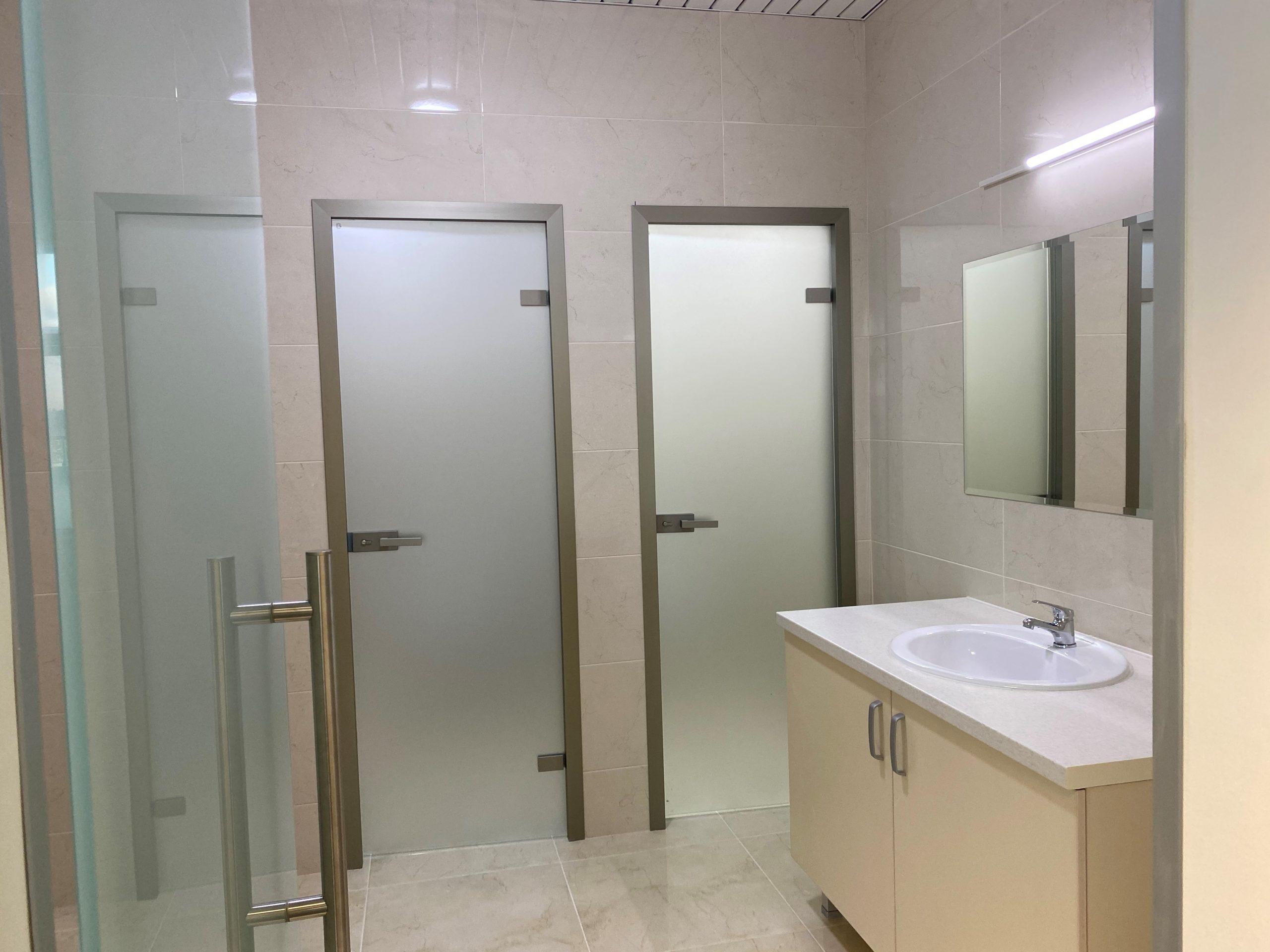 izvedba-na-toaleti